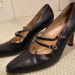 Bally Navy and Gold Pebbled Leather Heels